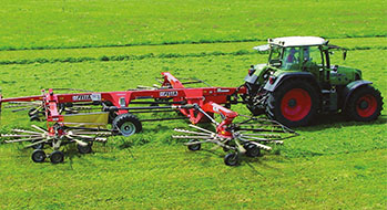 Hay rakes equipped with plain bearings from igus®