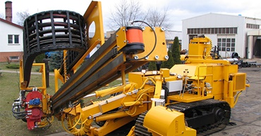 Drilling and pile-driving machines